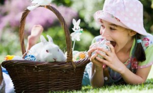 Easter-bonnet-girl_476